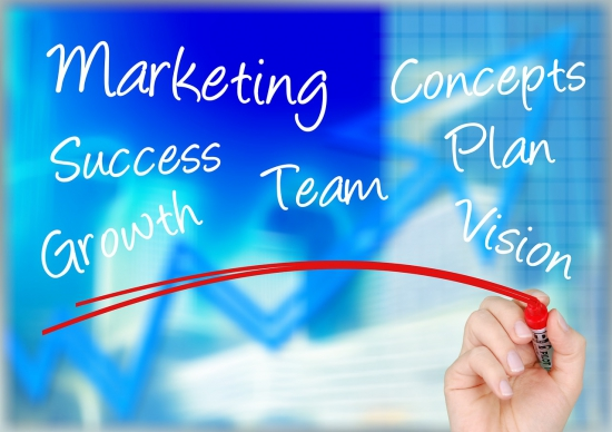 自社目線とお客様目線で考えるマーケティング